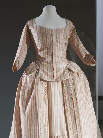 dress made from taffeta